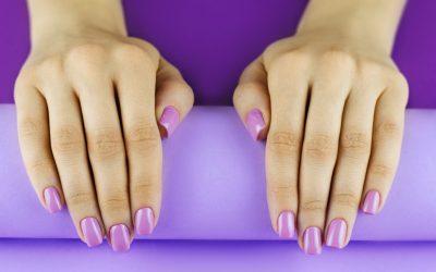 Belle jusqu'au bout des ongles avec le gel fibrique!